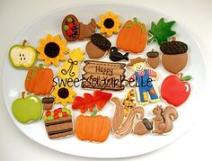 'Happy Fall Ya'll' autumn / thanksgiving cookies with pumpkins, scarecrows… Iced Cookies, Royal Icing Cookies, Sugar Cookies, Thanksgiving Cookies, Holiday Cookies, Halloween Cookies, Halloween Treats, Cookie Designs, Cookie Ideas