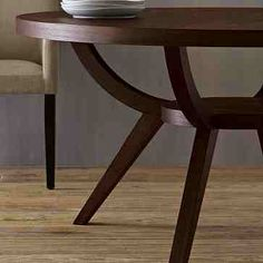 West elm arc based pedestal table   http://www.westelm.com/m/products/arc-base-pedestal-table-g490/moreimages.html?pkey=cdining-tables-sale