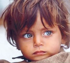 These Eyes... Precious Children, Beautiful Children, Beautiful Babies, Beautiful People, Pretty Eyes, Cool Eyes, Baby Faces, Stunning Eyes, Amazing Eyes