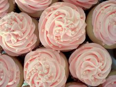 Pink champagne cupcakes with champagne buttercream frosting. So pretty and perfect for Valentine's Day.