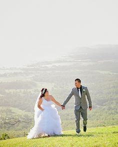 Mount Tamborine wedding. Photography by The Arched Window.