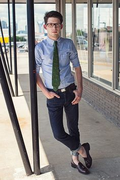 Light blue button down, green tie, the go to dark denim jeans,and loafers. #Trendy   #StyleLabApproved   www.mensstylelab.com