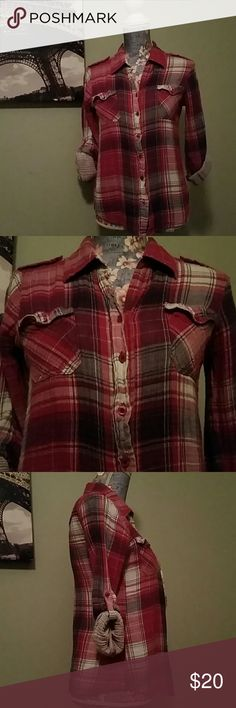 Coupe Collection Pink/White Plaid Shirt size s/p Coupe Collection plaid top. Dark pinks, purples and white make up the plaid. Sleeves are rolled up and buttoned. Fabric underneath is white with people stripes. This sorry is oh, so pretty, but unfortunately too small for me. In my opinion, this is sized like a junior small. Measurements available upon request. coupe Tops Button Down Shirts