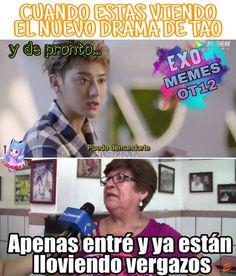 La imagen puede contener: 2 personas, meme y texto Park Chanyeol Exo, Kyungsoo, Chanbaek, Tao, Drama Memes, Exo Memes, Foto Bts, Humor, Funny