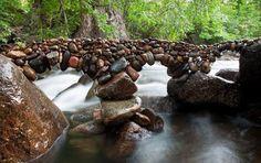 Amazing Stones Balancing Art