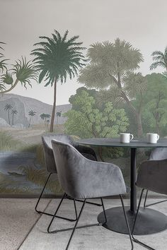 This colorful jungle wallpaper that graces any wall will add a sense of wonder to your room. Multipurpose Furniture, Deco Floral, Stylish Office, Inspirational Wallpapers, Decoration, Wall Murals, Landing, World, Jungle Jungle