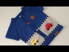 Erkek Bebekler için Arabalı Yelek Modeli Trolley Vest Model for Boys the # Bebekyeleg of the Baby Knitting Patterns, Baby Boy Knitting, Kids Vest, Baby Pullover, Baby Scarf, Knitwear Fashion, Cardigan, Baby Sweaters, Baby Boys