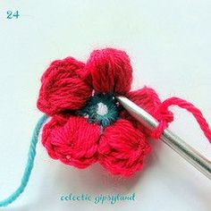 Puff Daisy tutorial. Amazingly easy, even if I did make a few mistakes. Easy to unpick & try again...& then 'BAM'! It clicks and you wonder why you haven't tried stuff like this before.