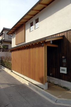 House Architecture Styles, Japan Architecture, Front Door Canopy, Japanese Aesthetic, Mountain Resort, Japanese House, Wood Design, Cladding, Interior And Exterior