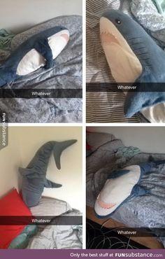 Left shark still doesn't have it together...