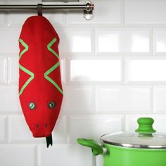 xmas, christmas, winter, present, cooking, kitchen, mitten, mittens, fun, Christmas Presents, Xmas, Mittens, Surfboard, Fun, Cooking, Winter, Kitchen, Xmas Gifts
