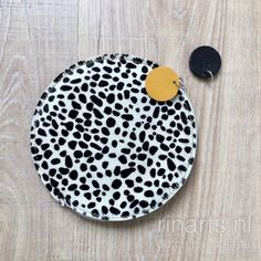 Cheetah print circle pouch in black and white
