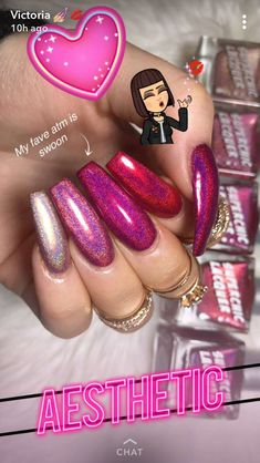 Semi-permanent varnish, false nails, patches: which manicure to choose? - My Nails Fabulous Nails, Gorgeous Nails, Pretty Nails, Pink Nails, My Nails, Dope Nails, Cute Acrylic Nails, Nagel Gel, Nails Inspiration