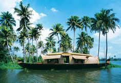 """""""God's own country""""- Kerala is counted as one of the best tourist destinations in India. Check out the must visit top tourist places in Kerala. Kerala Travel, Kerala Tourism, India Travel, We Are The World, In This World, Romantic Places, Beautiful Places, Beautiful Sunset, South India Tour"""