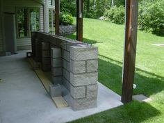 My Outdoor Concrete Bar Build - Dispense Forum Concrete Bar, Concrete Blocks, Diy Außenbar, Grill Gazebo, Diy Outdoor Bar, Small Backyard Pools, Diy Bar, Cinder, Beer Kegerators