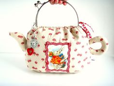 Alice In Wonderland Teapot Purse Funky Mushrooms Are You An Fan Or Just Love Original Shaped Handbags