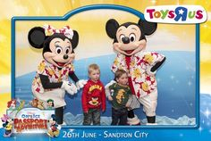 Face-Box Gallery Disney On Ice | Toys R Us - 26 June 2013