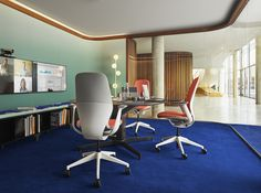 """Your imagination has no limits with the variety of material combinations available for SILQ. This """"surf shop"""" inspired version of SILQ fits people who want to express an optimistic, fresh and spontaneous personality. Large Office Furniture, Furniture Design, Real Estate Office, Architecture People, Best Decor, Adjustable Height Desk, Ergonomic Chair, Furniture Manufacturers, Corporate Design"""