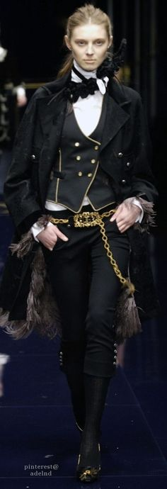 Dolce  Gabbana Fall 2006 dreaming of a society where i could wear this and be regarded as normal because this is giving me mad six of crows vibes and i dont mind walking around looking like a badass female asian kaz brekker