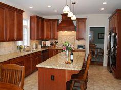 helen richardson traditional kitchen - Medium Brown Kitchen Cabinets
