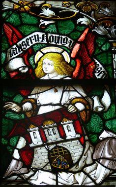 Lüneburg, Kirche St. Johannis Mittleres Chorfenster von Karl de Bouché (1906 von Kaiser Wilhelm II. gestiftet) Lüneburg St Johannis Chor Fenster Detail Wappen 2.jpg