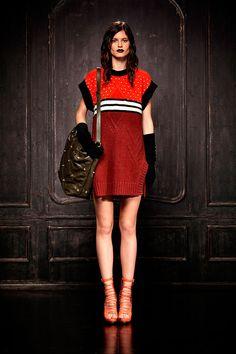 Especial miss Vogue edicion agosto 2013 looks para el regreso a clases - Just Cavalli   Vogue México