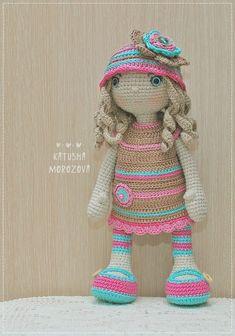 ♥ ♥ HandiHats ♥ ♥ by Katushka Morozova. Cute Crochet, Beautiful Crochet, Crochet Crafts, Crochet Projects, Knit Crochet, Crochet Amigurumi, Amigurumi Doll, Crochet Doll Clothes, Crochet Dolls