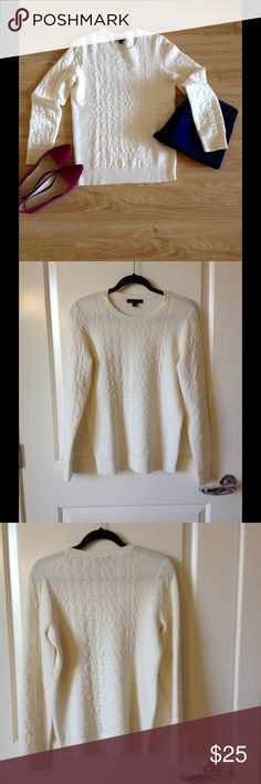 NWOT sweater Cream color sweater with alligator like design!  Very soft and fun! Ann Taylor Sweaters Crew & Scoop Necks