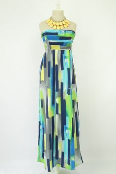 #Fashion Great maxi dress, would love to sip something tropical wearing this by the beach somewhere... Get a 5% discount when you use my name as a coupon code (fmstevenson) Happy #Shopping!