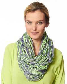 Arm Knit Cowl in Caron Simply Soft & Simply Soft Heathers - Downloadable PDF. Discover more patterns by Caron at LoveKnitting. The world's largest range of knitting supplies - we stock patterns, yarn, needles and books from all of your favourite brands.