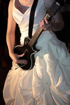Rockin bride!
