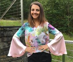 Ellen's Sewing Passion: Bell Sleeve Blouse