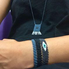 Regardez cette photo Instagram de @gnatassa • 44 J'aime Collar Macrame, Macrame Necklace, Macrame Jewelry, Macrame Bracelets, Macrame Dress, Macrame Art, Macrame Knots, Friendship Bracelets Designs, Macrame Tutorial