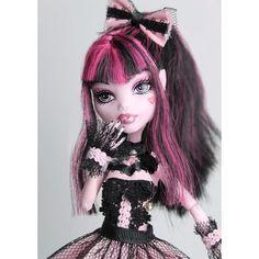 Love Monster, Monster High Dolls, Ever After High, Ooak Dolls, Blythe Dolls, Personajes Monster High, Ever After Dolls, Catty Noir, Monster High Repaint