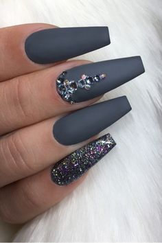 Cute dark grey nails coffin shaped long with grey sparkle nails! : Cute dark grey nails coffin shaped long with grey sparkle nails! Dark Acrylic Nails, Dark Grey Nails, Grey Matte Nails, Grey Nail Art, Acrylic Art, Gem Nails, Sparkle Nails, Fancy Nails, Cute Nails