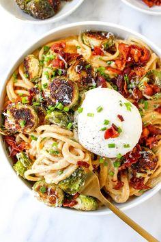 Pasta Carbonara, I Love Food, Good Food, Yummy Food, Tasty, Pasta Recipes, Dinner Recipes, Cooking Recipes, Chicken Recipes