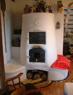 Nice cob stove! Thinkin' about winter!