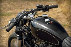 Pacific MC | Harley Davidson Custom XL883 Cafe Dragster