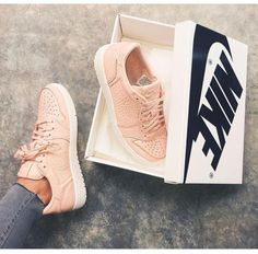 Wheretoget - Nude pink Nike Air Jordan sneakers