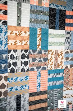Fat Quarter Dash quilt pattern Quilt Patterns Free, Fabric Patterns, Twin Quilt Size, Fat Quarter Projects, Fat Quarter Quilt, Saturated Color, Quilting Tutorials, Fat Quarters, Quilt Making