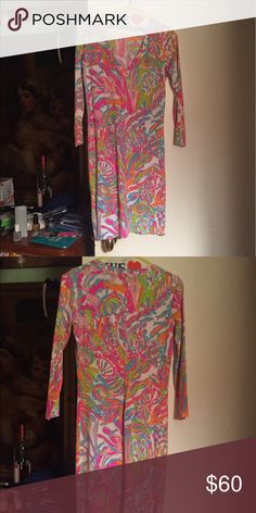 Lilly Pulitzer T-Shirt Dress Cute t-shirt dress from Lilly Pulitzer has only been worn a handful of times! Hemmed to fit someone 5'2, 3-4th sleeves. V neck Lilly Pulitzer Dresses Mini