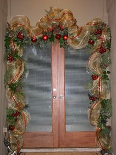 """Mesh Ribbon Swags 