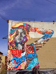 """Tristan Eaton paints """"Big City Dreams"""" his newest mural in New York City"""