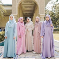 Berapa love kesayangan nak bagi untuk baju satu set dengan tudung ni? ❤❤❤ #bfsraya2018