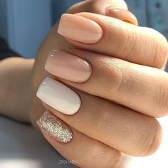 Semi-permanent varnish, false nails, patches: which manicure to choose? - My Nails Best Acrylic Nails, Acrylic Nail Designs, Neutral Nail Designs, Short Square Acrylic Nails, Short Square Nails, White Nail Designs, Colorful Nail Designs, Hair And Nails, My Nails