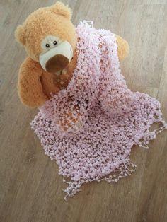 Manta pompom rosa newborn