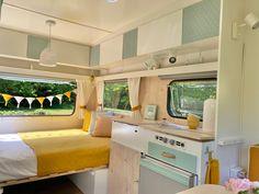Mini Caravan, Caravan Bar, Caravan Decor, Retro Caravan, Caravan Interior Makeover, Caravan Renovation, Camper Makeover, Camper Van Conversion Diy, Trailer Remodel