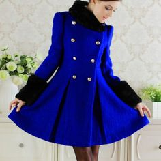 Ladylike Black Fur Collar Detachable Double-Breasted Waisted Pleated Long Sleeves Blended Women's Coat, BLUE, S in Jackets & Coats