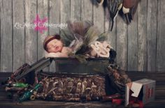 Newborn hunting photo by Liz johns photography. The amount of love I have for this is overwhelming.