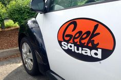 The U.S. government reportedly pays Geek Squad technicians to dig through your PC for files to give to the FBI.